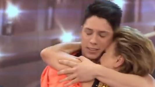 Consuelo pasó el teléfono y está entre las 17 mejores parejas del Bailando