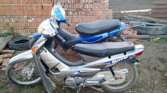 Escondían en un cortadero dos motos robadas por menores de edad