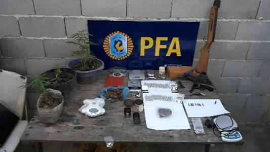 policia federal droga allanamiento (4) - copia