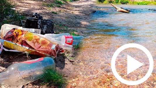 Aguas cristalinas, entornos turbios: el contraste del río con las playas