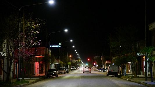 Qué dice la Municipalidad sobre el recambio masivo de luces led en las calles