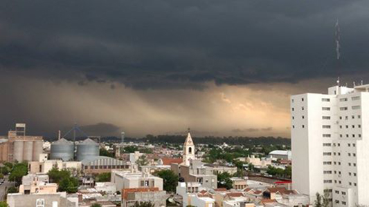 Villa María, dentro de la zona en alerta por fuertes tormentas