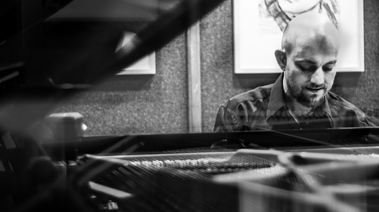 Concierto de saxo y piano para terminar el 2017 en la Usina