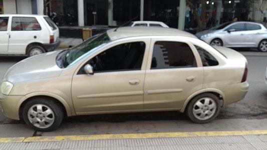 ¿Un auto con cuatro dueños? Investigan posible estafa