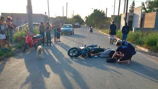 Chicas de 15 y 13 años chocaron en moto en Las Playas