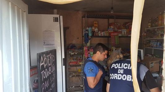 Familia detenida en barrio Botta con droga y $ 60.000