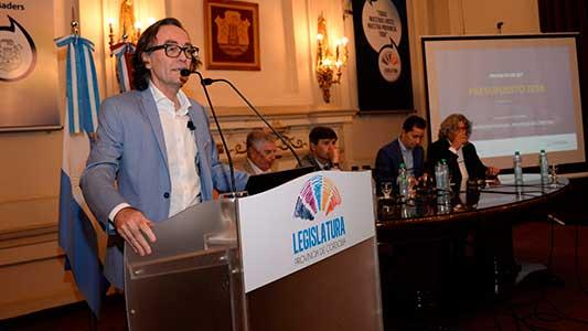 Córdoba 2018: Presupuestan U$S 2.300 millones en obras y equipos