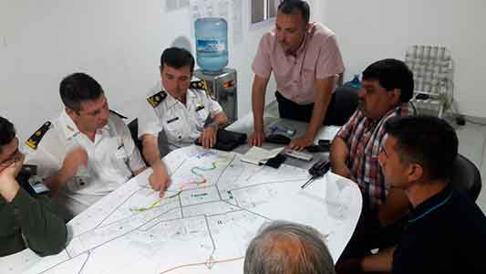 Con Gendarmería y Policía intentarán ordenar el tránsito en la Costanera