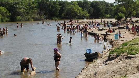 Primeros calores: cuidados para disfrutar del río o la pile