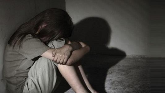 Guardó silencio 7 años hasta poder denunciar a su abusador