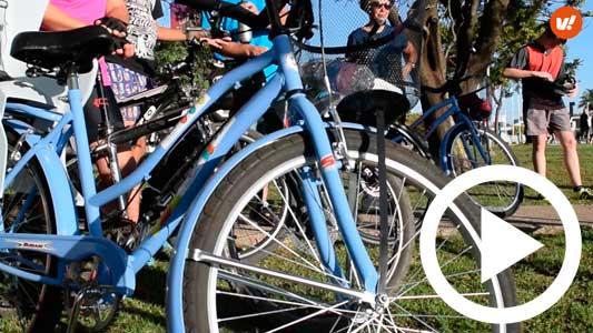 Nos subimos a las bicis para hacer el recorrido de Cicloturismo en Villa María