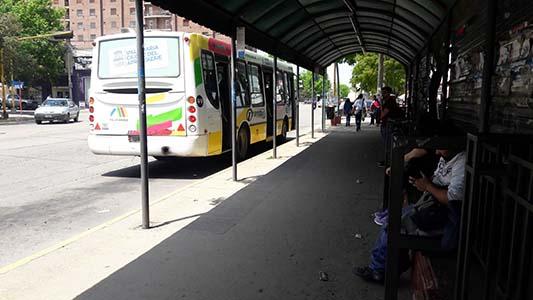 Preocupado por el servicio de transporte, Gill se reunió con autoridades provinciales