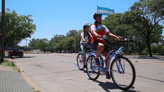 Bici tour: Turistas podrán recorrer comercios históricos del centro guiados por una APP
