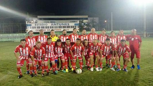 Equipo de fútbol villamariense salió campeón en Brasil