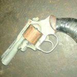 revolver-encontrado-colectivo-lep