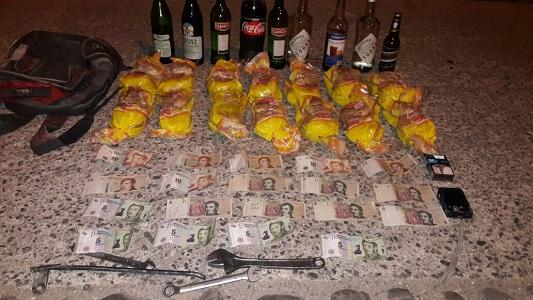 5 menores robaron gran cantidad de bebidas alcohólicas de un salón