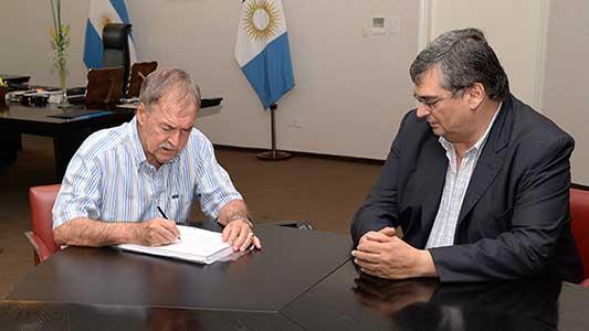Gobierno de Córdoba baja impuestos a partir de este 1º de enero