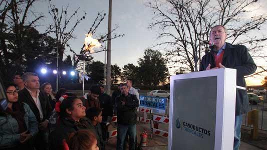 Schiaretti viene a encender la llama del gas natural para Alto Alegre