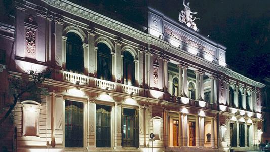 Primer paso de Bedano en Córdoba para restaurar el teatro Libertador