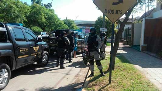 La Fuerza Antinarcotráfico salió a patrullar y hacer controles en la ciudad