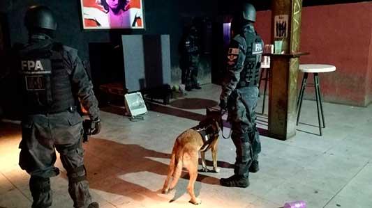 Constataron consumo de drogas dentro de boliche de Villa Nueva