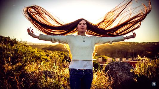 El pelo más largo del mundo lo tiene una chica cordobesa