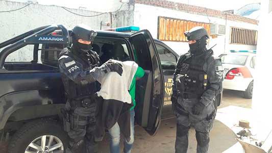 allanamiento-detenido-droga-fpa-villa-maria-(1)