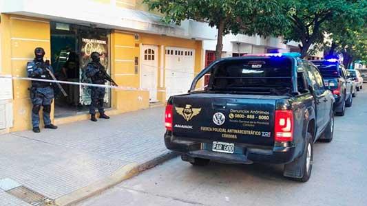 allanamiento-detenido-droga-fpa-villa-maria-(3)