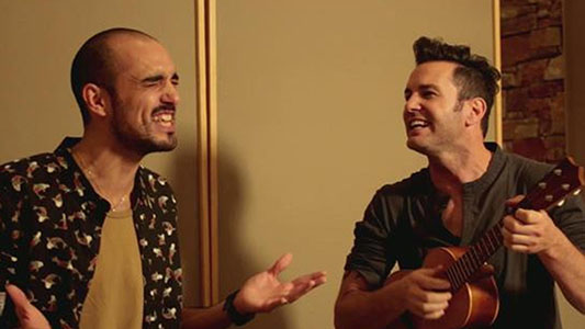 Para quedarse hasta el final: Axel cierra cantando con Abel y Carlos Rivera