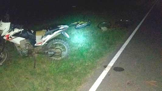 Moto embistió a dos chicas en bici en el acceso a Tío Pujio