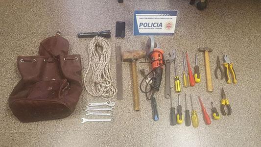 detenido mochila herramientas secuestro