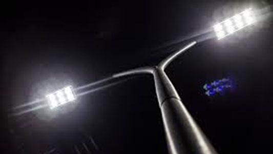 Sigue el recambio: la avenida Naciones Unidas ya tiene luces led