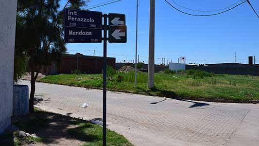 Un sector del barrio Malvinas Argentinas sufre la inseguridad y la basura acumulada