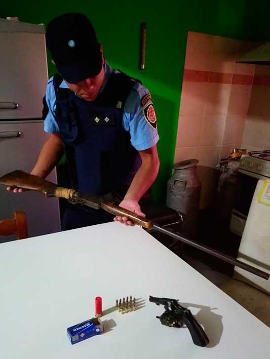 secuestro-armas-detenido-policia