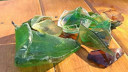 El peligro de cada verano: los vidrios en el río