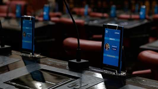 Legisladores deberán poner su huella digital para votar los proyectos