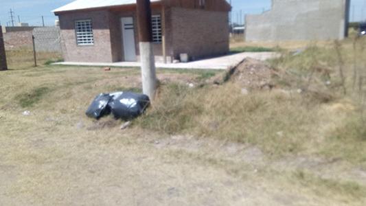 basura barrio padre mujica 1