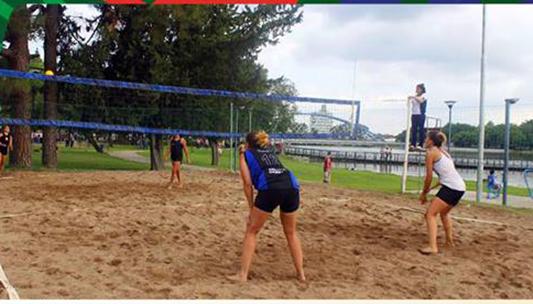 Verano en la costanera: Qué deportes podés practicar gratis y al aire libre
