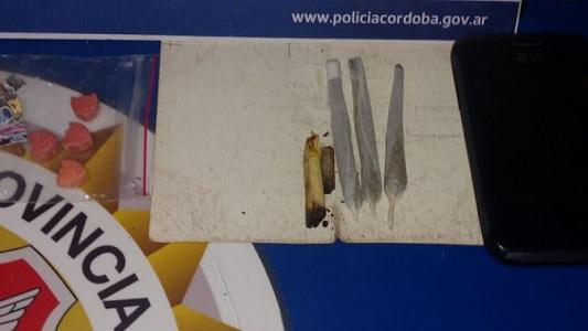 Cuatro detenidos en un control vehicular por llevar drogas