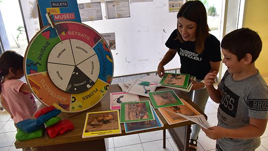 Museo Rodante llegó al Hospital para que los chicos jueguen y aprendan