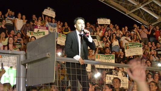 Nazareno levantó el aplauso tribunero en el arranque del Festival