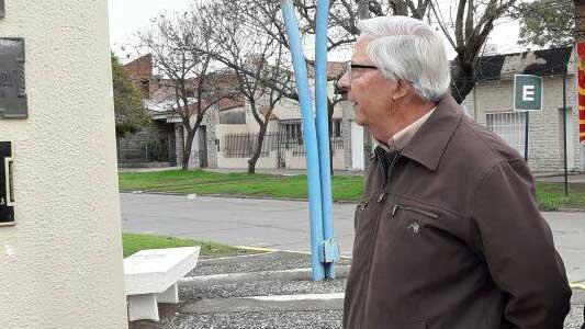 Despiden los restos del exconcejal radical Roberto Sessarego