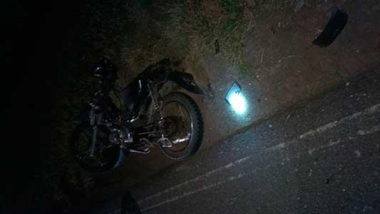 Menores de edad en moto: uno chocó en Tío Pujio y 2 murieron en Saira