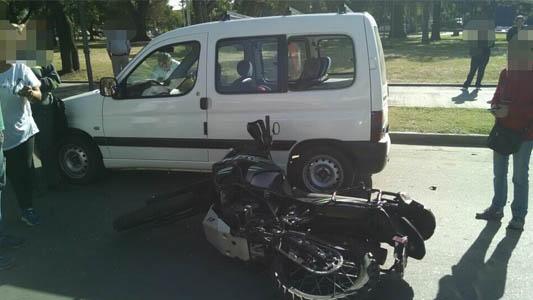 Dos motociclistas resultaron heridos en distintos accidentes