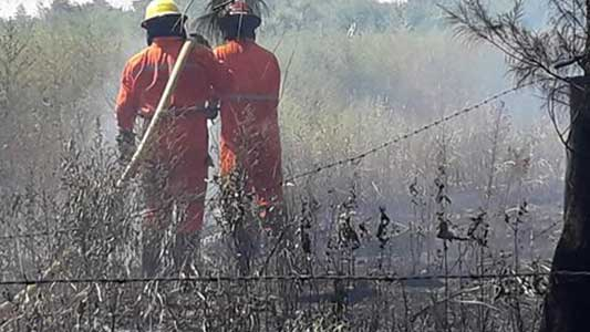 bomberos-villa-nueva-incendio-golf-(8)