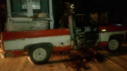 camioneta-incendiada-1