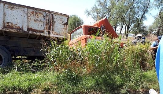 Un muerto tras choque en ruta 2 entre una moto y un camión
