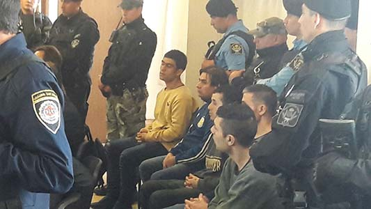 Uno de los detenidos por robar armado tenía libertad condicional