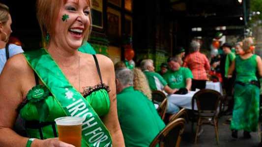 Se viene una tradicional fiesta irlandesa para degustar cerveza artesanal