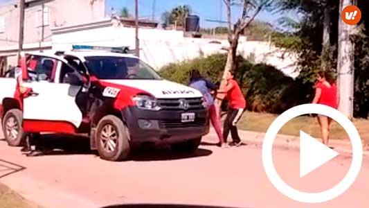 Choque entre dos mujeres terminó con pelea, insultos y piedrazos